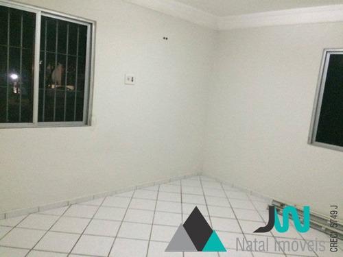 venda de apartamento em candelária, com 3 quartos, sendo um suíte, perto do natal shopping - ap00127 - 32108948