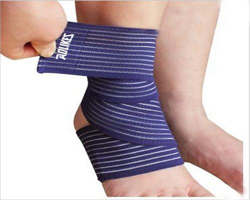 venda elastica lesiones muñeca tobillo rodilla codo azul