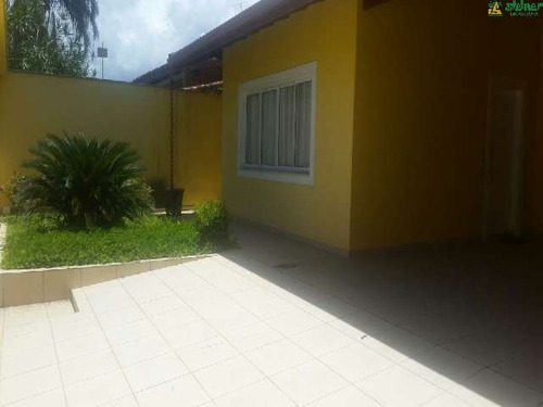 venda sobrado 4 dormitórios jardim britânia caraguatatuba r$ 740.000,00