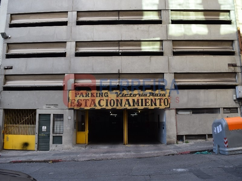 vende 10 cocheas en parking victoria plaza - ya alquiladas