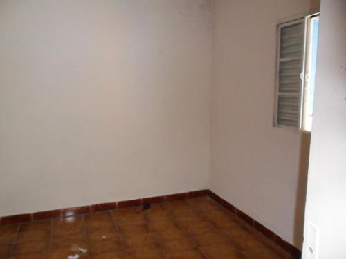 vende 2 casas no 13 de maio  centro  310 mil