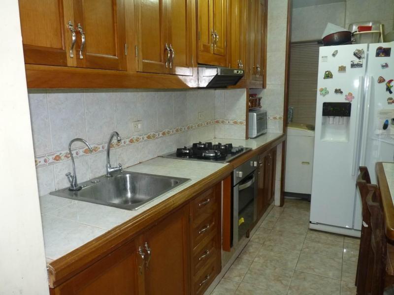vende apartamento en urb el centro listing 16-4724