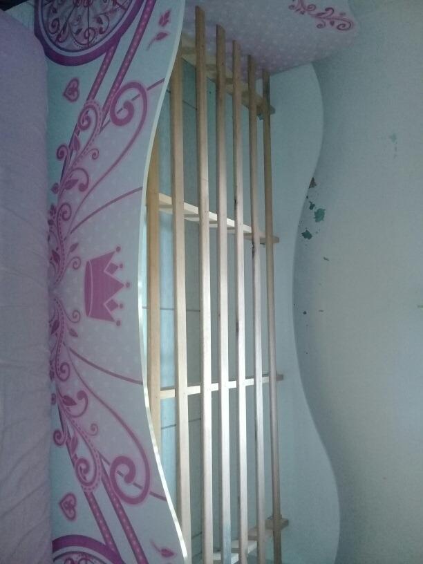 vende cama infantil em bom estado. usado.