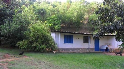 vende casa com 7 alqueires de terreno monte negro km 12 por 800 mil