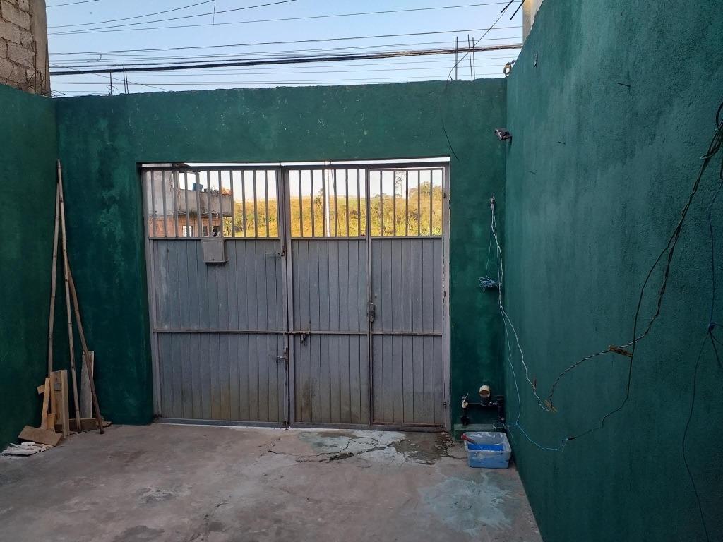 vende casa com terreno 5x25 tendo 2 casas de 2 cômodos e ban