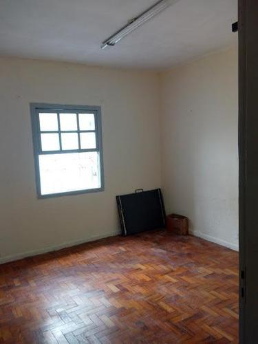 vende casa de 4 cômodos e edicula no centro ,próximo ao fórum 480 mil