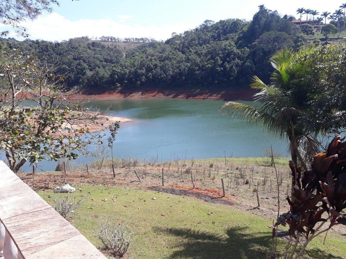 vende chácara 12 mil m² na estrada do varadouro , na beira da represa  990 mil