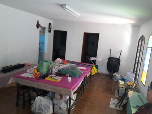 vende chácara com 5 casas, 24.000 m² no monte negro km 6  500 mil