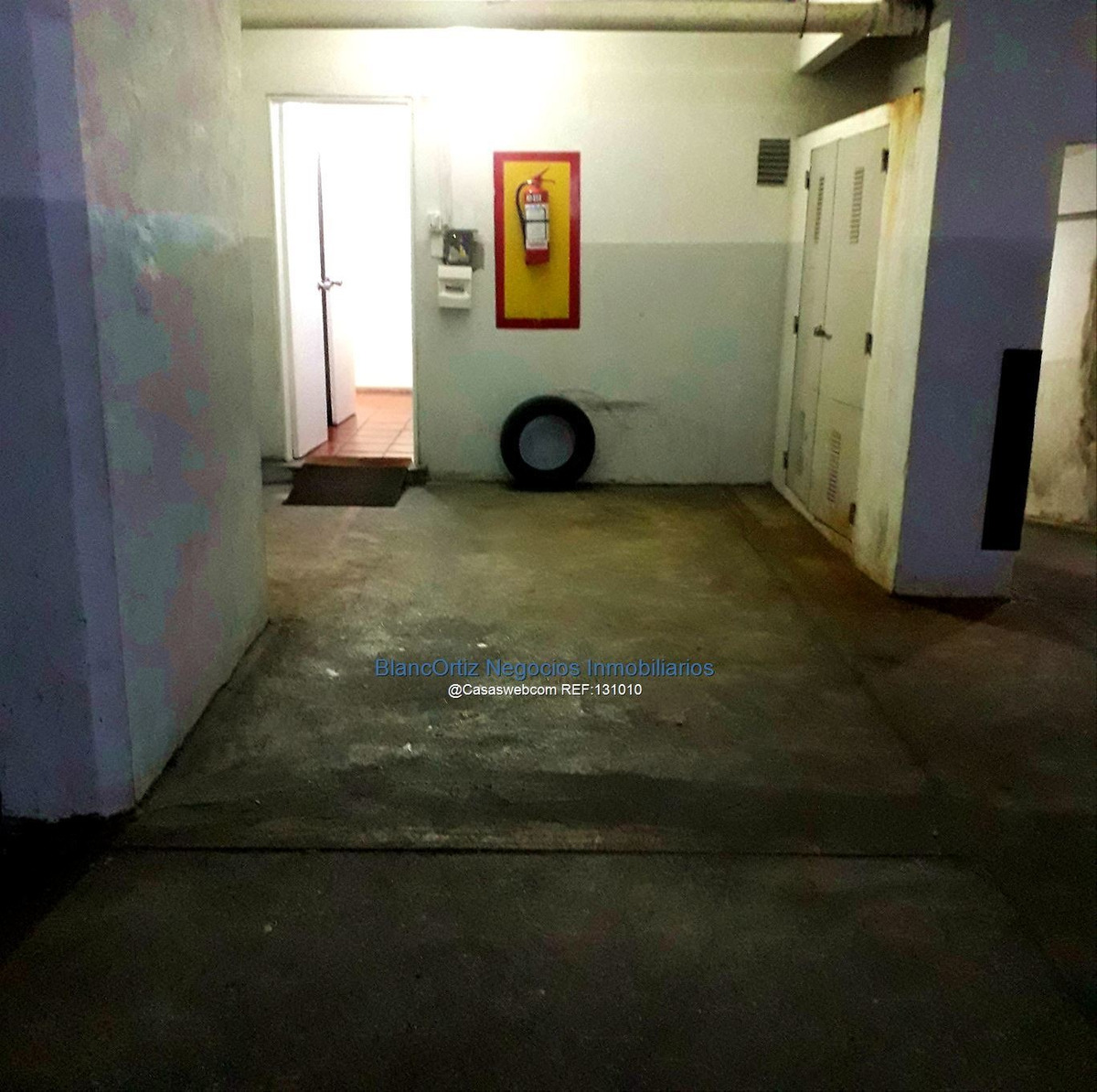 vende en pocitos apartamento 3 dormitorios garaje y box