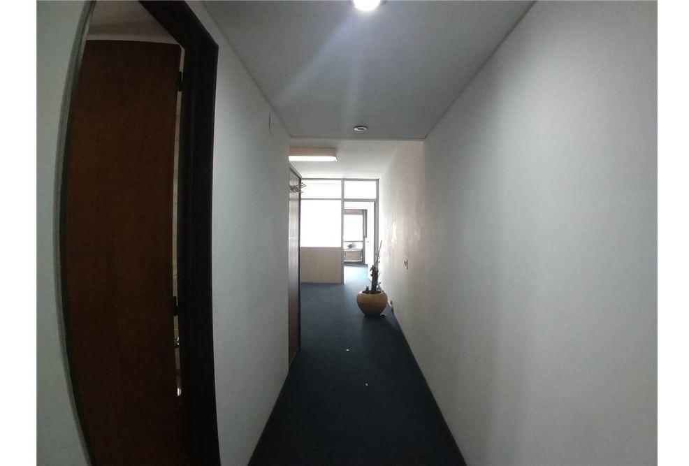 vende oficina division 2 despachos seguridad 24/7