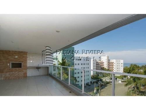 vende-se apartamento pé na areia com vista para o mar em riviera de são lourenço: