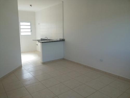 vende se casa bairro cibratel 2 em itanhaem.
