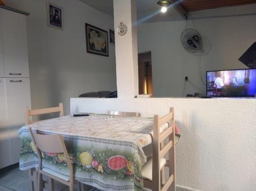 vende se casa com excelente preço em itanhaém