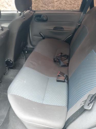 vende-se chevrolet/classic ls 1.0 flex 2011/2012 cor branca
