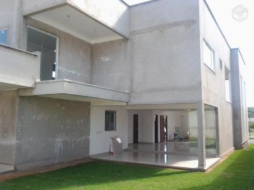 vende-se duplex em condomínio fechado