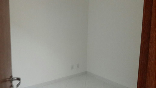 vende - se excelente casa em condomínio