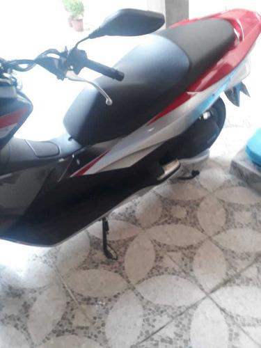 vende-se moto honda pcx 150 sport
