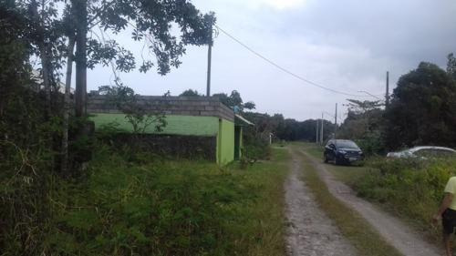 vende se terreno barato no luiza mar !!!!