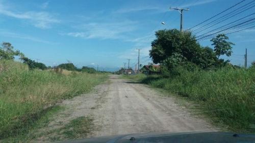 vende se terreno de esquina barato em itanhaém