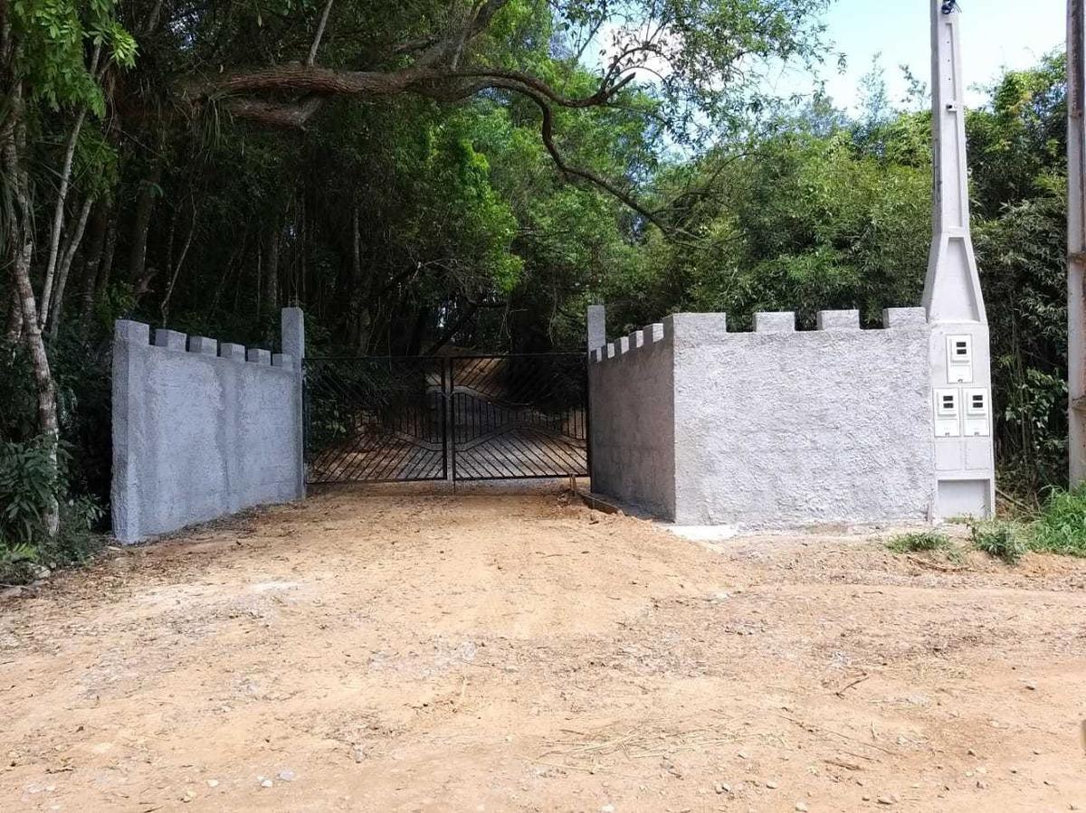 vende-se terrenos planos com água e luz em ibiuna 03