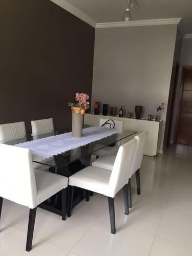 vende-se uma excelente residência no condominio residêncial palmeiras - 28561