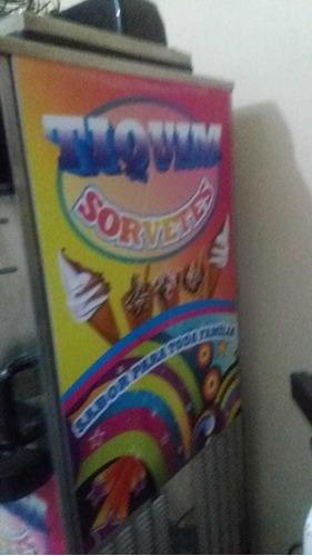 vende-se uma máquina de sorvete express