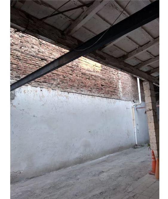 vende terreno. 1102 m2 en pleno centro de cordoba