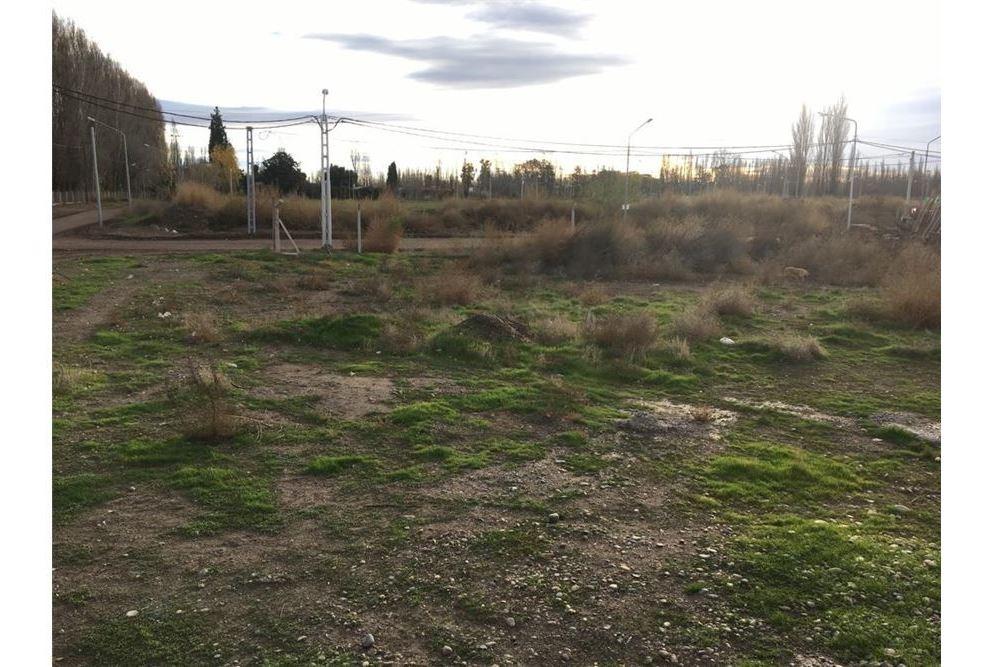 vende terreno costa jardin 300 m neuquen
