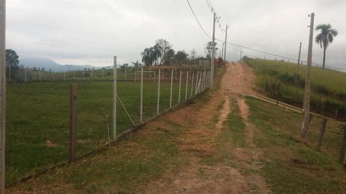 vende terreno plano 2000m2 no aralu santa isabel 70 mil