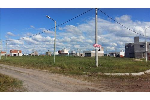 vende terreno tierra de sueños 3 - por avenida