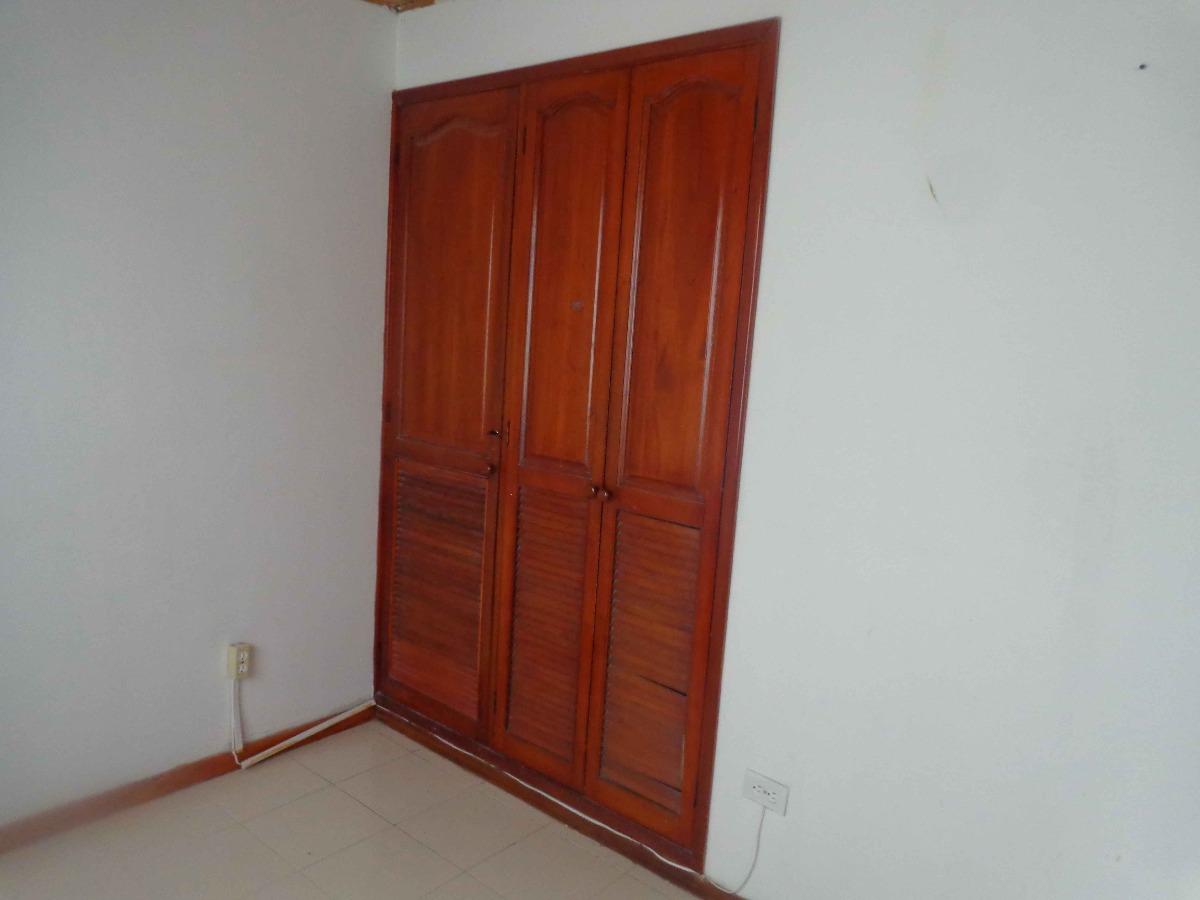 vendemos casa en manga cartagena