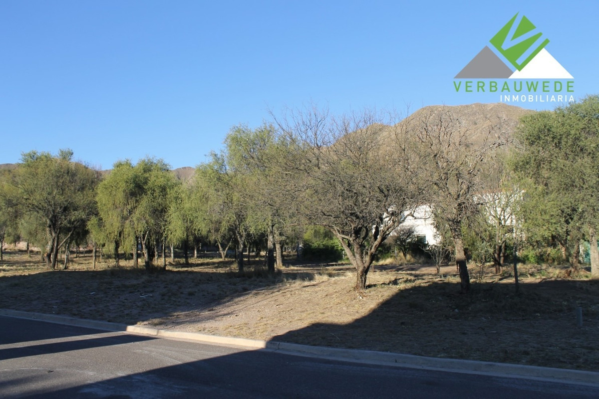 vendemos hermoso terreno en los quebrachos country golf