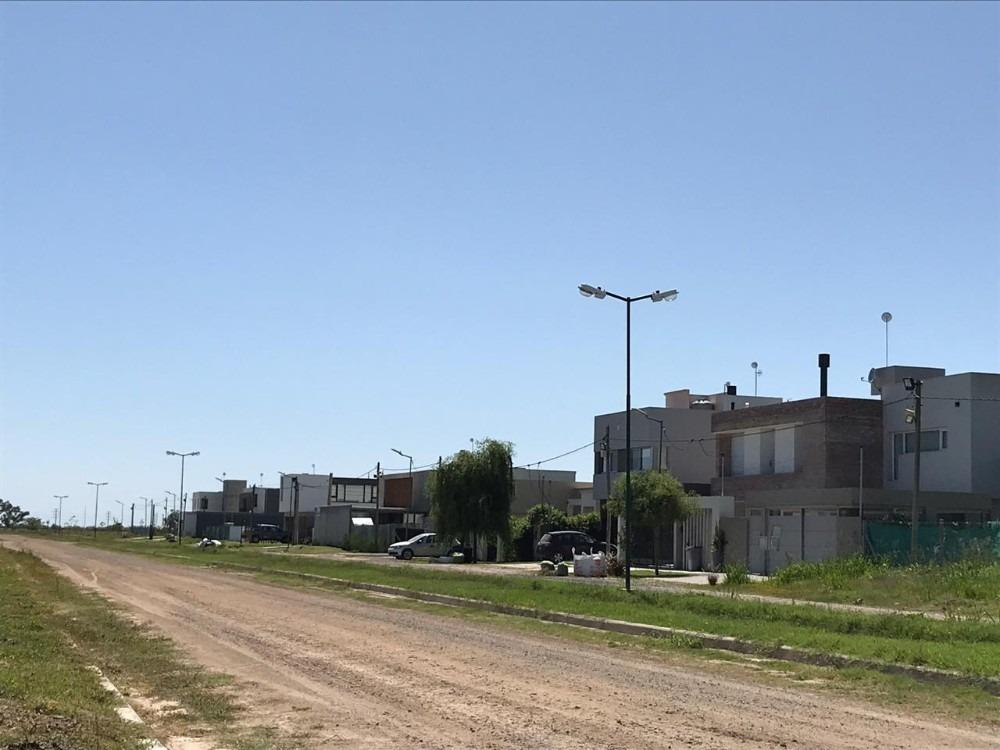 vendemos lote en city bell - barrio el quimilar