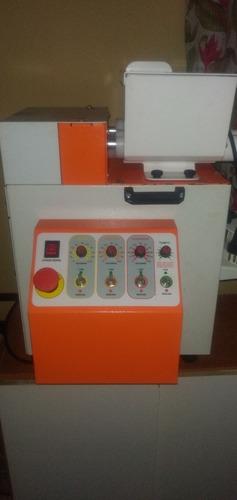 vender se uma máquina de fazer salgado