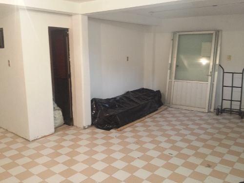 vendido - bonita casa sola en esquina en santa isabel tola con uso de suelo mixto habitacional y comercial