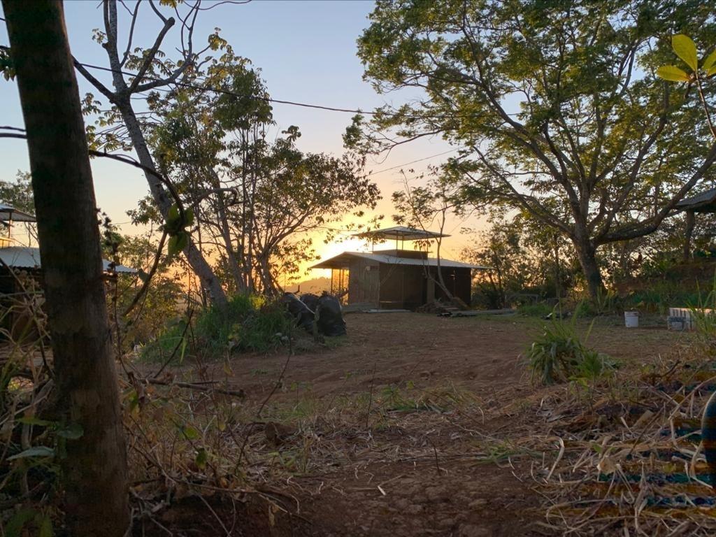 vendo 2 bungalows vacacionales para estrenar en finca