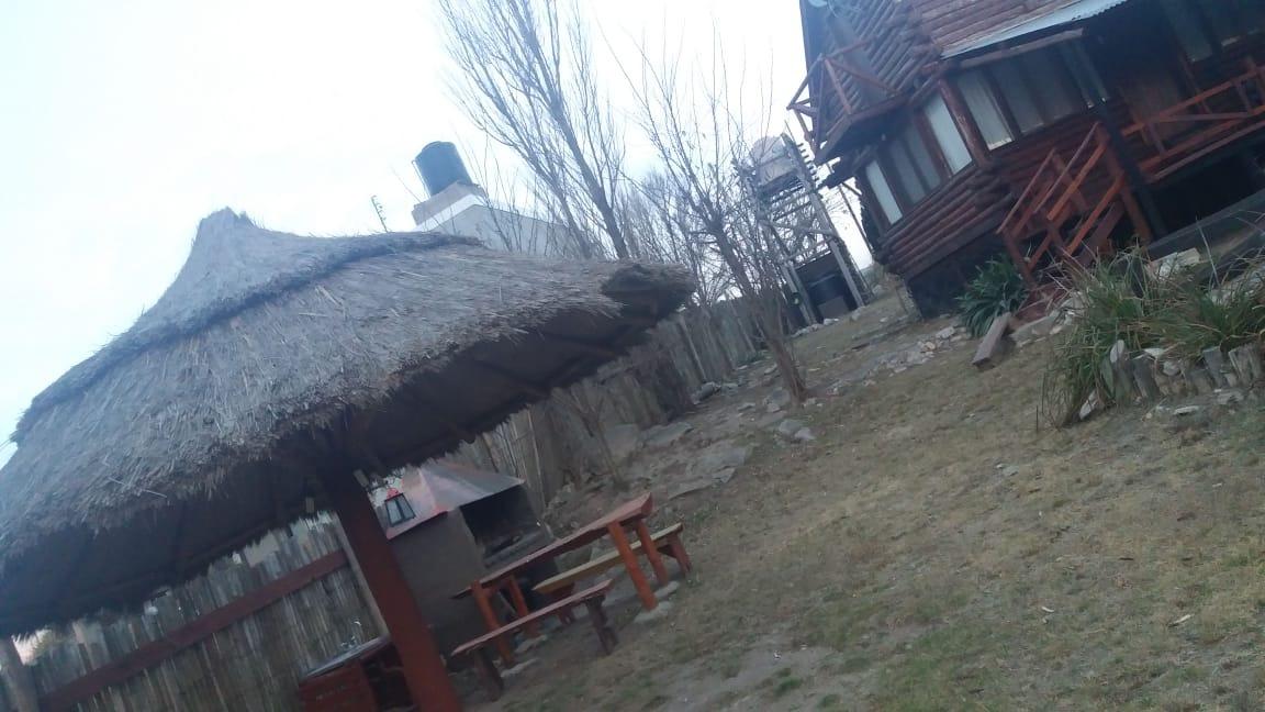 vendo 2 cabañas en villa giardino