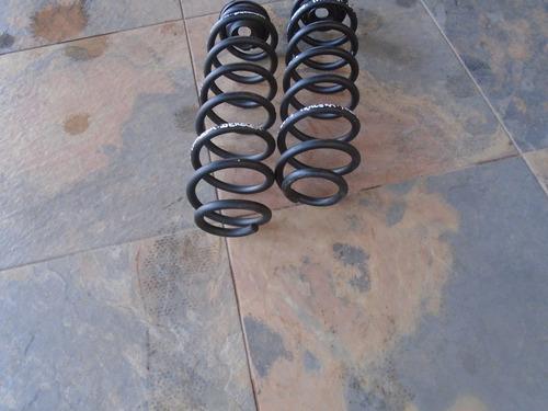 vendo 2 espirales traseros de skoda fabia año 2003