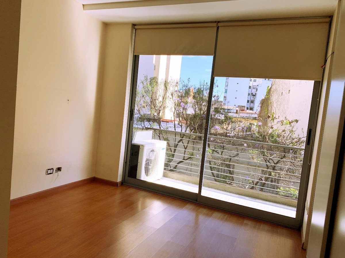 vendo 3 ambientes 67m2 con balcón y baulera en almagro *mbr