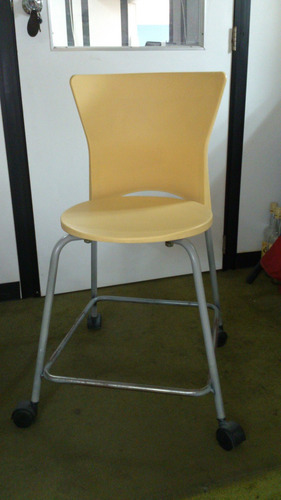 vendo 3 sillas con ruedas usadas, 4900000 bs s. c/u