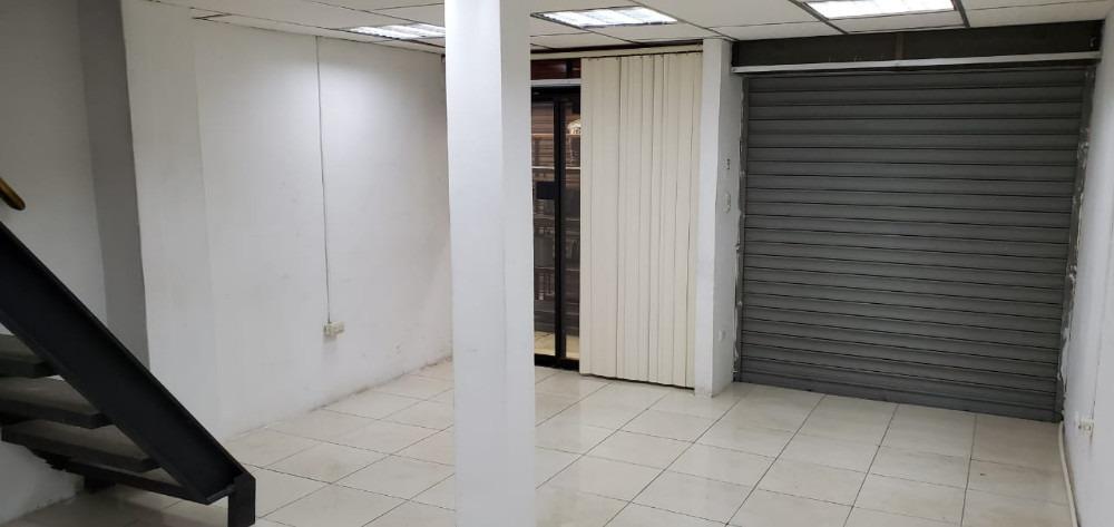 vendo 4 bodegas-oficinas bahia norte bloque 102