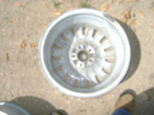 vendo 4 rines de aluminio de  rover 75 de lujos