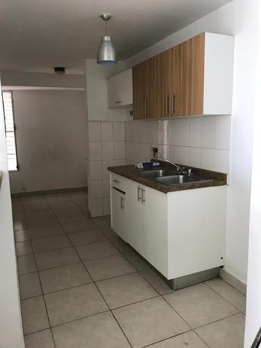 vendo a excelente precio apartamento en la via españa -cr