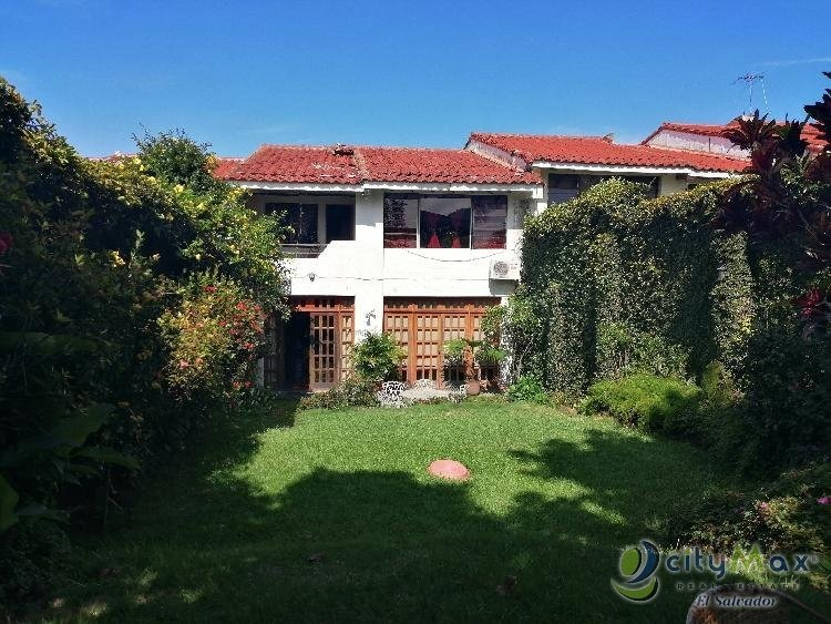 vendo amplia casa en lomas de san francisco  - pvc-004-09-16