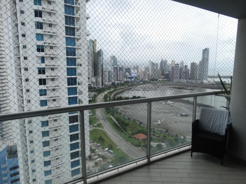 vendo apartamento  #19-1232 **hh** av balboa