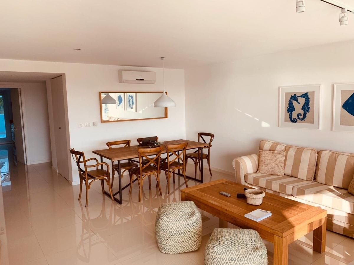 vendo apartamento 3 suites frente al mar punta del este