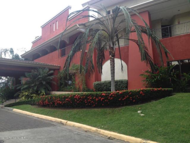vendo apartamento amoblado en ph embassy club, clayton 20323