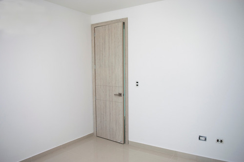 vendo apartamento arrendado cerca al cc viva