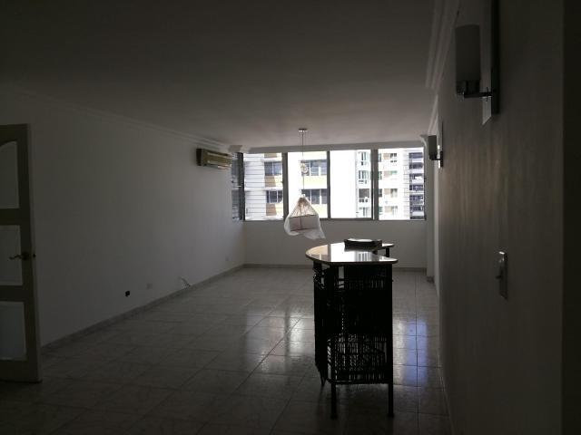 vendo apartamento céntrico, ph mirador marbella#18-615**gg**