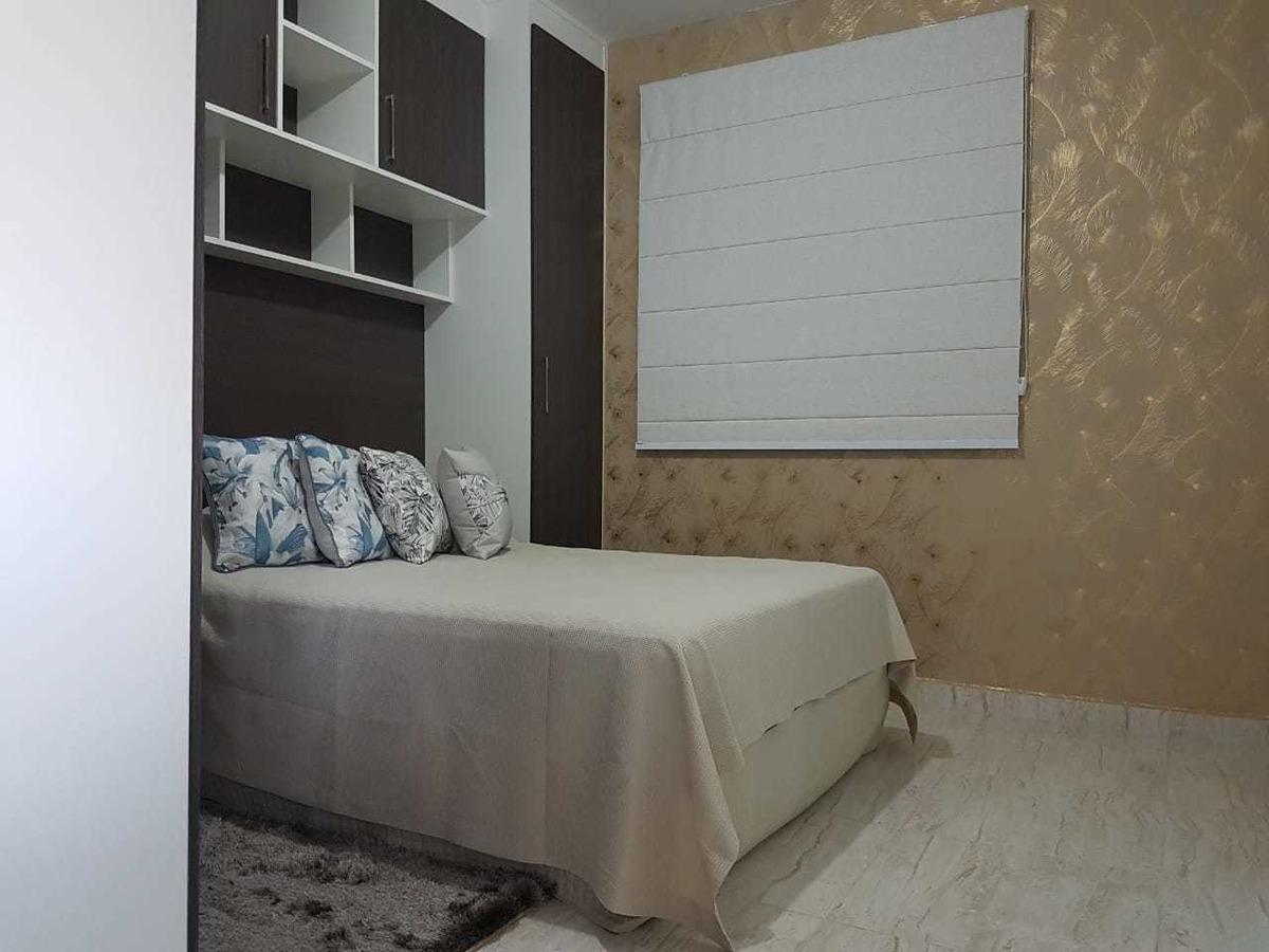 vendo apartamento com 01 dorm ao lado da av general carneiro